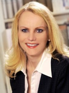 Dr. Marion Moers-Carpi Portrait   hautok und hautok cosmetics