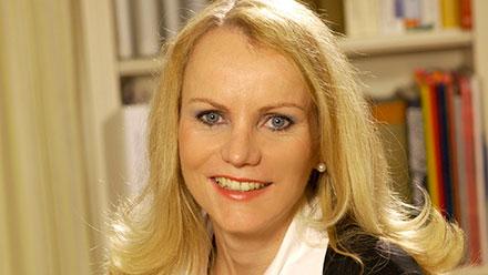 Dr. Marion Moers-Carpi Portrait | hautok und hautok cosmetics